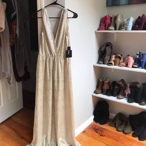 Lulu's gold gown